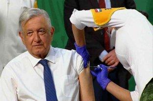 López Obrador recibió la primera dosis de la vacuna AstraZeneca
