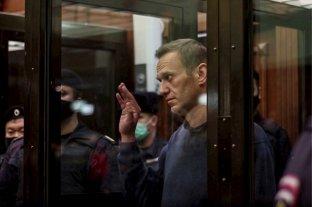 """La abogada del encarcelado opositor ruso Navalny advierte que está """"muy débil"""""""