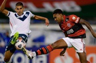 Flamengo le ganó 3 a 2 a Vélez en Liniers por Copa Libertadores