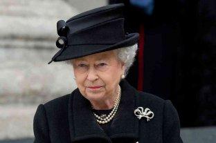Isabel II cumple 95 años de luto por la muerte de Felipe