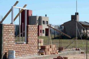 Destacan el plan nacional de viviendas para reducir déficit habitacional y generar empleo en Córdoba