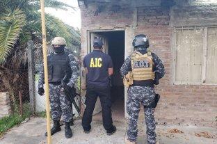 Video: atraparon a un integrante de la banda Los Monos con drogas, motos y una escopeta