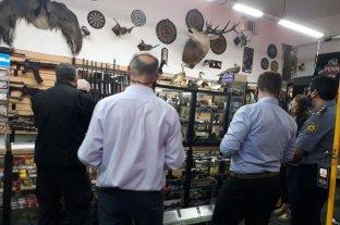 Seguridad: operativos conjuntos de inspección en armerías locales