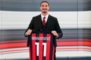 Zlatan Ibrahimovic renovó su contrato con Milan y jugará al menos hasta los 40 años