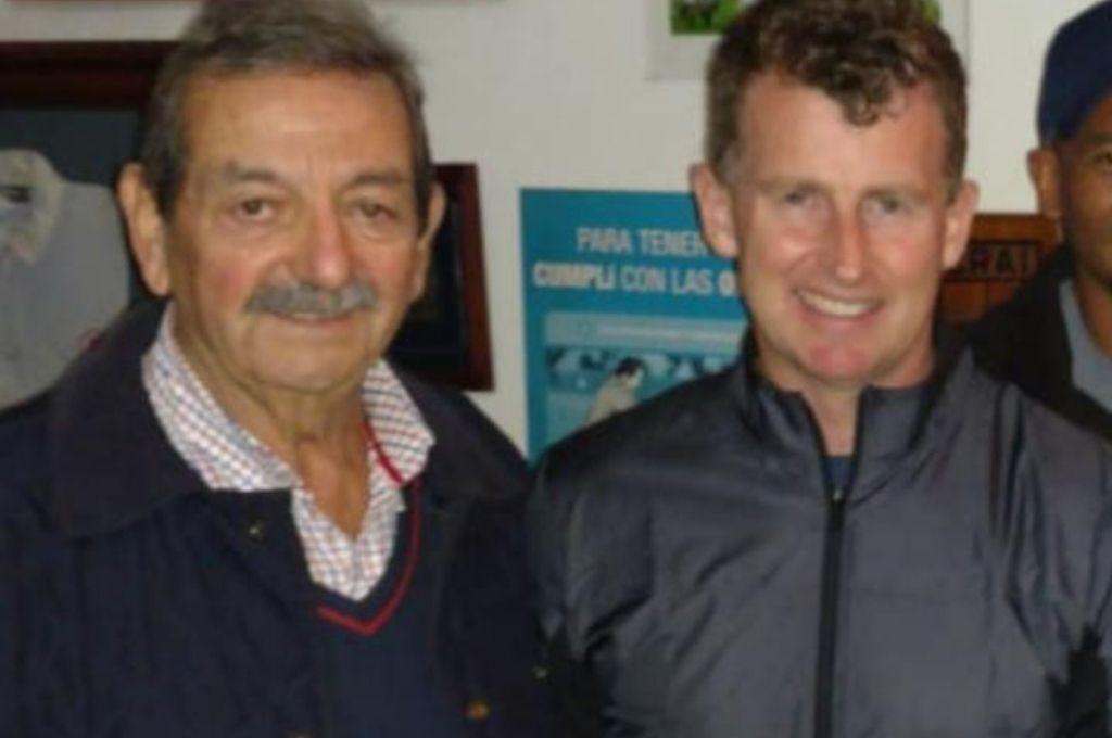 Raúl junto al galés Nigel Owens, quien se retiró recientemente, siendo el mejor referee del mundo. Crédito: Gentileza Franco Perego