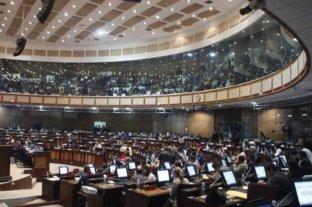 Ecuador aprobó su ley de defensa de la dolarización