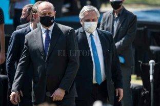 Fernández llega a Santa Fe con anuncios de obras por más de $ 76.000 millones -  -
