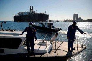 Indonesia: rescatistas redoblan esfuerzos para encontrar al submarino perdido