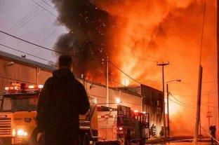 Importante incendio afectó a una empresa textil de Tierra del Fuego