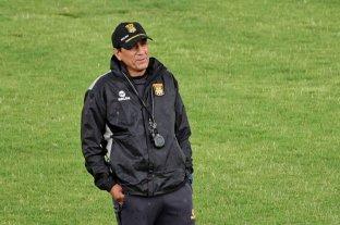 Tras la derrota ante Boca, Alberto Illanes dejó de ser el director técnico de The Strongest