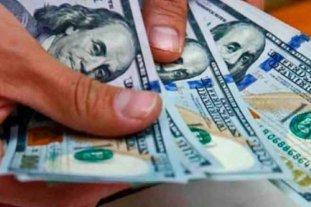 """El dólar """"ahorro"""" se acerca a los $ 165 y el """"blue"""" se vende a $ 153"""