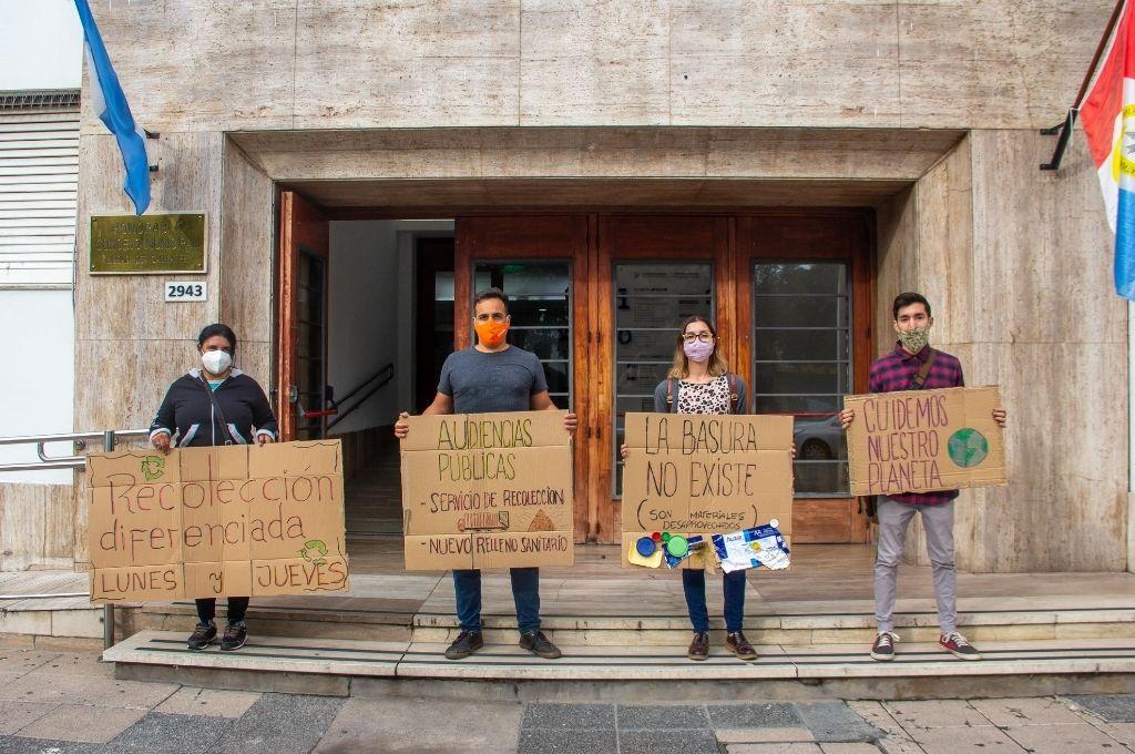 Ambientalistas y recicladores reclaman que haya audiencias públicas para abordar los temas ambientales de la ciudad.  Crédito: Gentileza