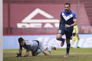 Vélez se lo dio vuelta a Lanús y es el primer clasificado a los cuartos de final