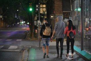 Restricciones en Santa Fe: serían prorrogadas y no descartan ampliarlas