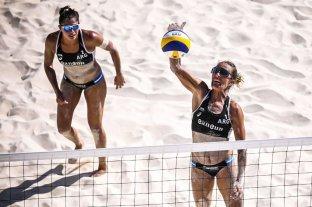Beach vóley: Gallay y Pereyra perdieron por 2 a 0 contra las estadounidenses Sweat y Walsh Jennings