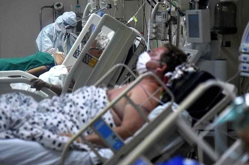 Paraguay podría alcanzar las 7.718 muertes y los 318.240 contagios por Covid-19 en mayo.    Crédito: Gentileza