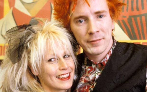 Johnny Rotten y Nora Forster Crédito: Captura de pantalla