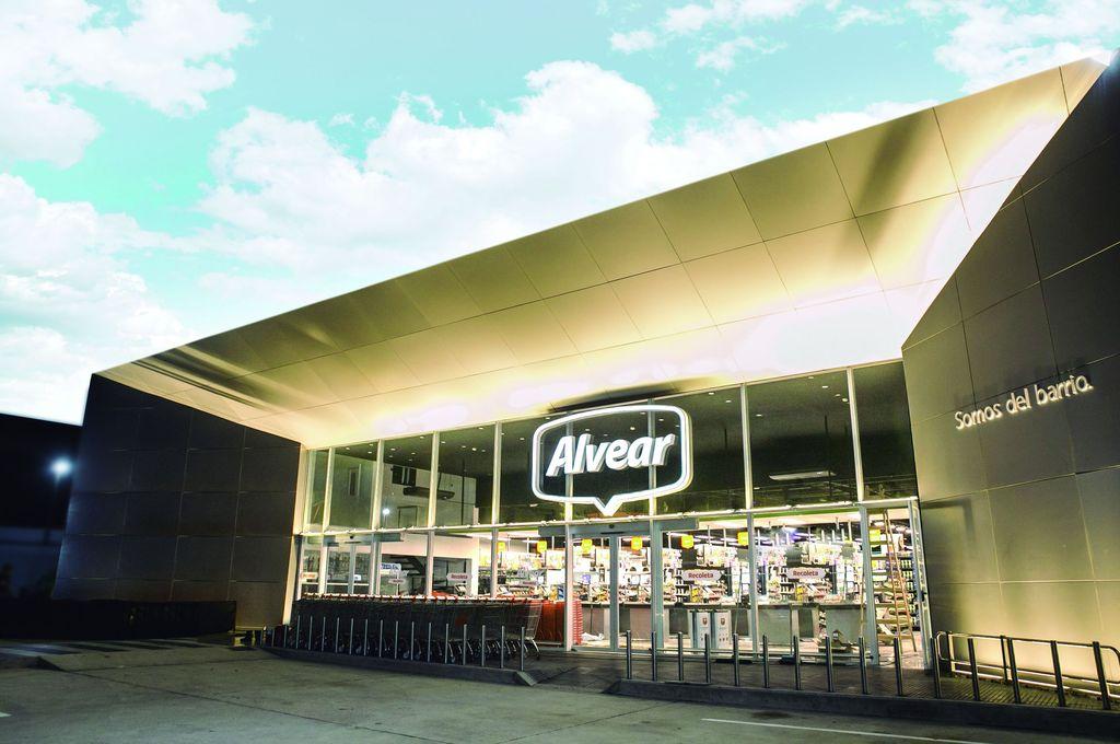 El Alvear hoy cuenta con 11 sucursales físicas y una digital, y con planes permanentes de expansión. Crédito: Gentileza