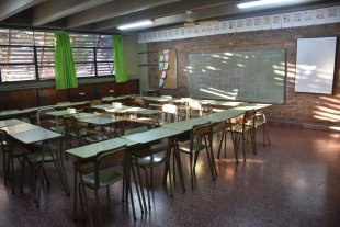 Coronavirus: los departamentos Rosario y San Lorenzo vuelven a las clases virtuales