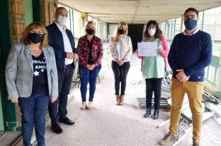 Calvo visitó instituciones educativas de Rafaela