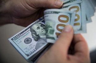 """Aumenta el dólar """"blue"""" y se vende a $ 153"""