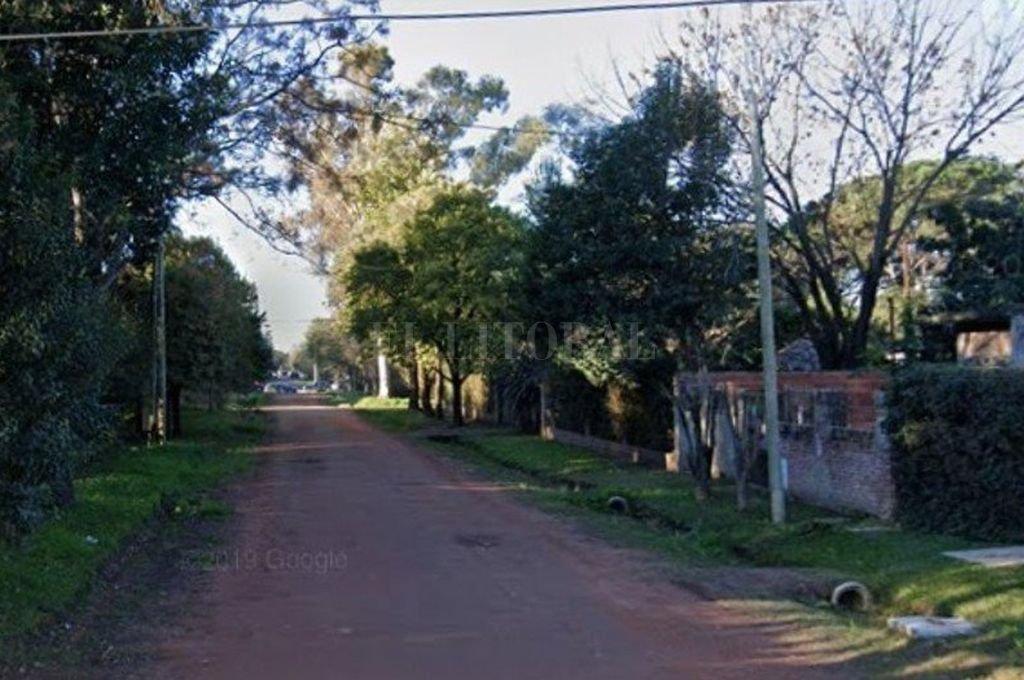 Calle Rumania al 2900. Allí se encuentra la vivienda en la que la víctima fue vista con vida por última vez. Crédito: Captura digital - Google Maps Streetview
