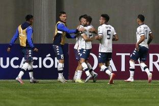 Vélez consiguió un triunfo clave ante Unión La Calera