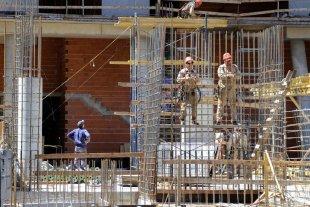 Nación lanza un programa destinado a finalizar la construcción de 55 mil viviendas