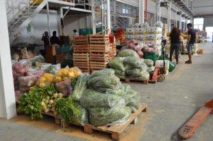 Ponen en marcha una canasta de alimentos en ferias de barrios populares