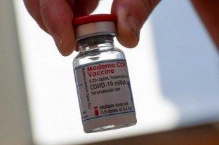 La vacuna de refuerzo de Moderna es eficaz frente a distintas variantes