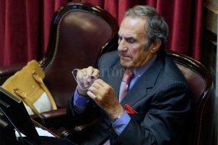 Internaron al ex gobernador Carlos Reutemann -  -