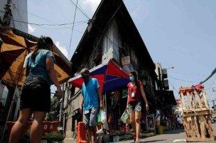 El presidente de Filipinas ordenó arrestar a quienes usen mal el tapabocas