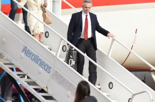 Alberto Fernández arribó al país tras concluir con su gira europea