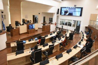 Rosario: se aprobó el aumento de cupo de licencias para remises