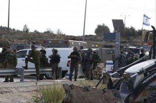 Al menos dos palestinos murieron tras un ataque a policías en Cisjordania