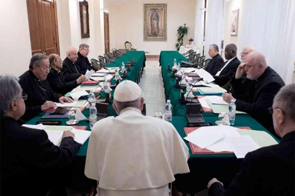 Francisco avanza con su reforma constitucional de la Curia y prepara la nueva carta magna -  -