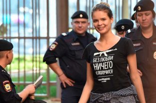 Detienen en Moscú a una integrante del grupo de punk ruso Pussy Riot