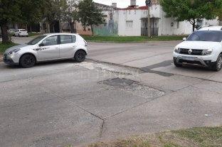 Un cráter gigante en el corazón de barrio Sargento Cabral