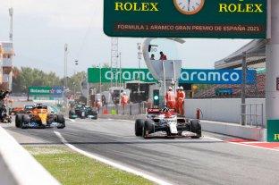 Hamilton se quedó con el mejor tiempo en la segunda sesión de libres