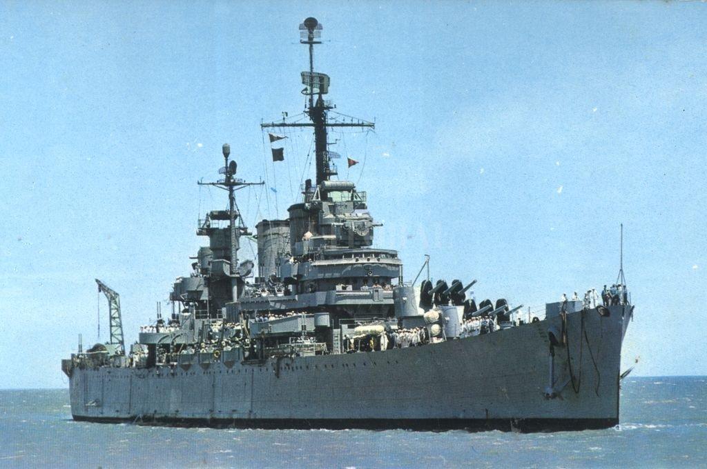 El Crucero General Belgrano estuvo presente en el ataque japonés a Pearl Harbor de 1941, del cual salió ileso, y participó de la Segunda Guerra Mundial. El General Perón lo compró en 1951. Crédito: Archivo El Litoral