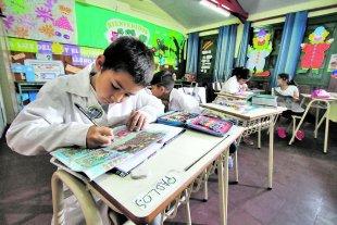 """Familiares de alumnos llevan una propuesta al Gobierno provincial de """"presencialidad optativa"""""""
