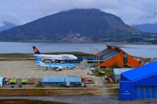 En el aeropuerto de Ushuaia mejoran los aterrizajes