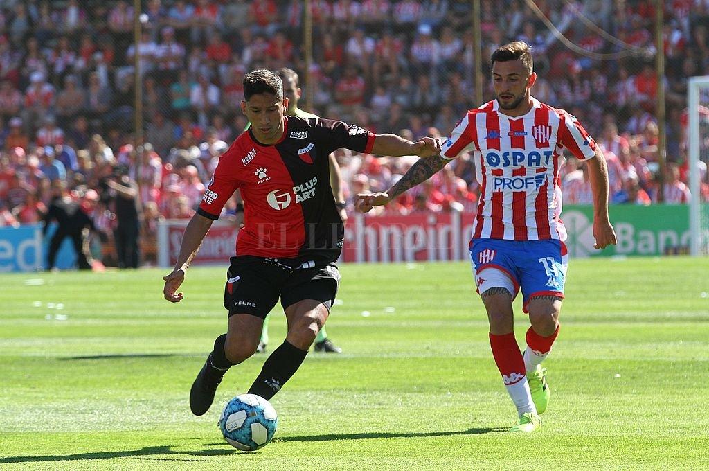 Colón y Unión se miden en un clásico con mucho en juego - El último clásico fue el 6 de de octubre de 2019. Unión se impuso por 1 a 0 con gol de Nicolás Mazzola.  -