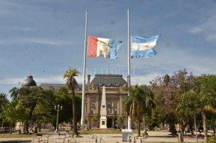 El gobierno de Santa Fe decretó dos días de duelo provincial por la muerte de Miguel Lifschitz