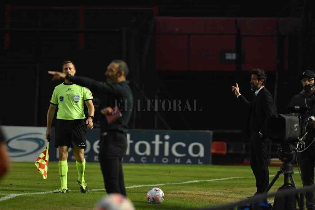 Uno por uno es negocio. Los dos entrenadores, Domínguez y Azconzábal, protagonistas de un imaginario pacto de