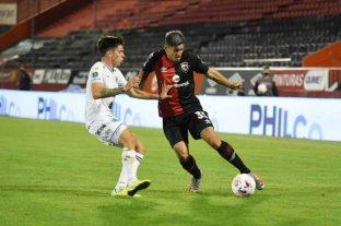 Newell's y Sarmiento empataron 1 a 1 en el cierre de la primera etapa de la Copa de la Liga
