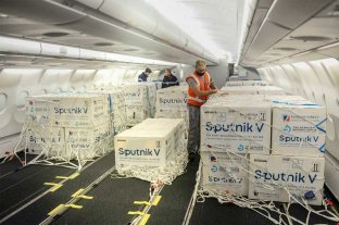 Llegaron al país 500 mil vacunas Sputnik V -