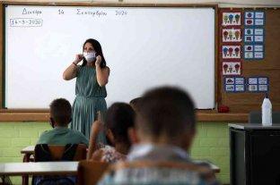 Grecia reabre todas las escuelas tras seis meses de cierre por el coronavirus