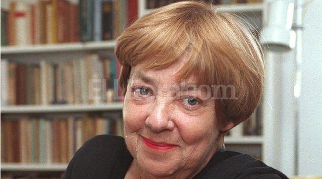 La reconocida escritora y música falleció a los 80 años. Crédito: Archivo El Litoral
