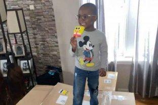 Tiene 4 años y gastó 3 mil dólares de la tarjeta de su mamá para comprar helado